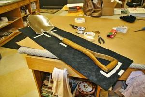 shadowbox-5-fitting-the-shovel